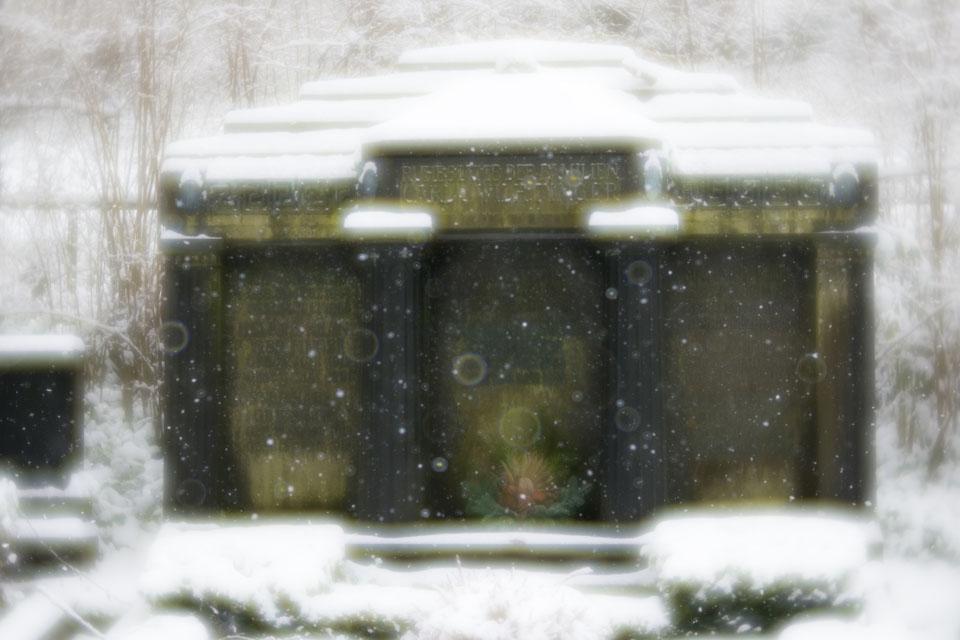 mausoleum-6948